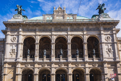 Foto op Aluminium Theater Front view of Vienna State Opera in Vienna city, capital of Austria