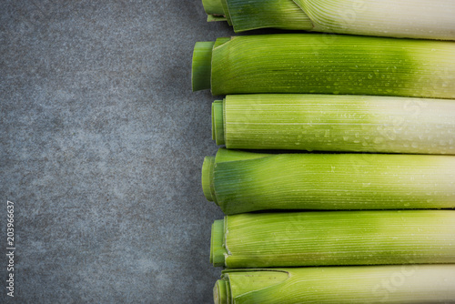 Photo  Spring season fresh leek vegetable
