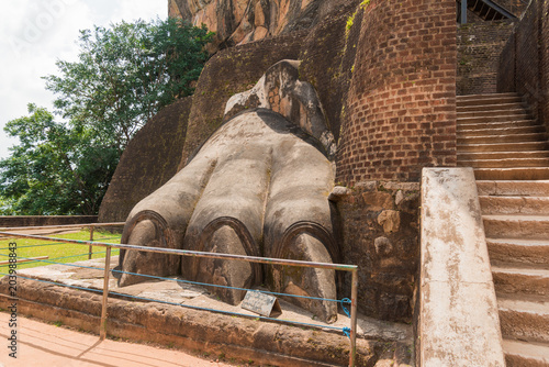 Foto op Canvas Sigiriya Lion Rock in Sri Lanka