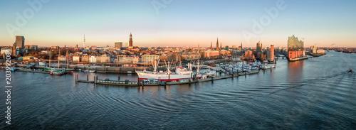 Fotografía Elbphilharmonie, Hafencity und St