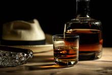 Glas Mit Rum In Einer Bar In K...