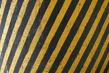Black And Yellow Stripes Wall Texture