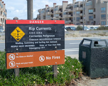 Rip Current Warning For An Oce...