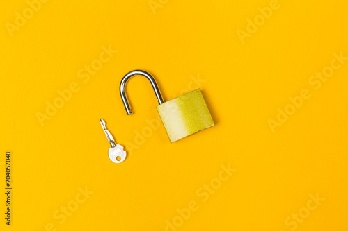 New metal padlock Tableau sur Toile