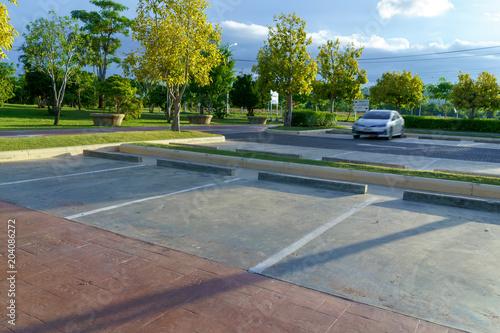 Valokuva  Free outdoor parking lot.