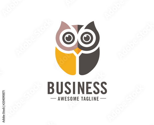 Spoed Foto op Canvas Uilen cartoon Owl logo vector in modern colorful logo design, Owl icon vector isolated on white background