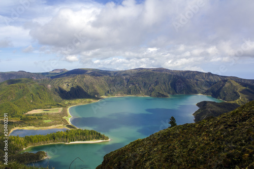 Foto op Canvas Bleke violet Stunning landscape with lagoon in volcanic crater in volcanic Island. Lagoa do fogo, Azores