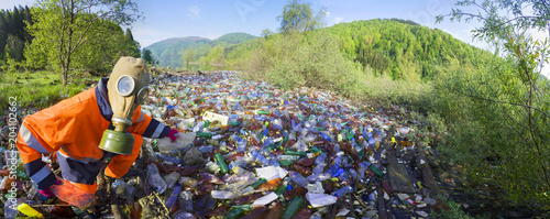 Fotografie, Obraz  Special operation to clean up the river of debris