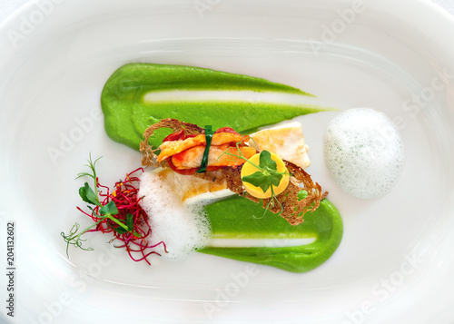 Fototapeta Fine Dining Gourmet Restaurant Food sehr schön angerichtet  obraz