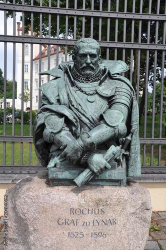 Foto op Canvas Historisch mon. Statue von Rochus Graf zu Lynar in Lübbenau