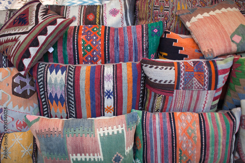 Fotobehang Midden Oosten Colorful oriental pillows for sale at local middle eastern market in Istanbul, Turkey