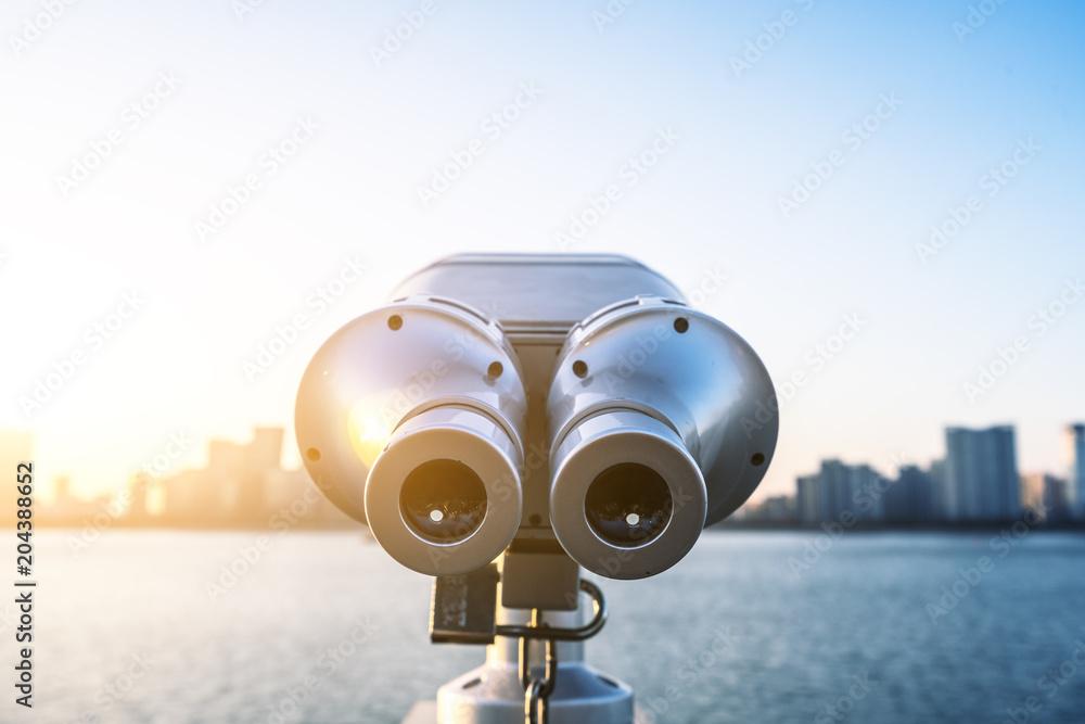 Fototapety, obrazy: telescope with city skyline