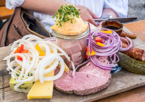Tuinposter Buffet, Bar Brotzeit in Bayern