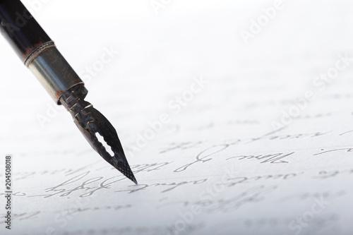 Papiers peints Fluvial Fountain pen on an antique handwritten letter