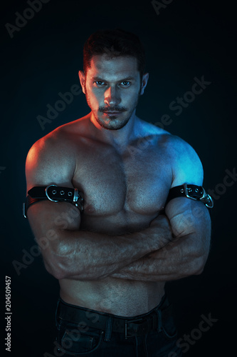 Fotografie, Obraz  sexy and naked muscular young man standing