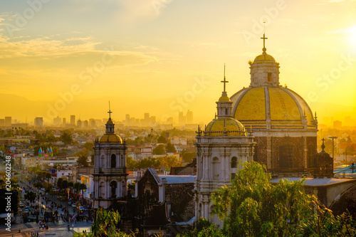 Fotobehang Scenic view at Basilica of Guadalupe with Mexico city skyline