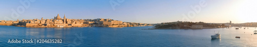 In de dag Centraal Europa Marsamxett Harbour with Valletta panorama, Malta