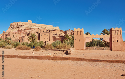 Photo Kasbah Ait Ben Haddou in the Atlas Mountains of Morocco