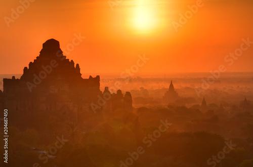 Tuinposter Asia land Dhammayangyi Temple in Bagan, Myanmar