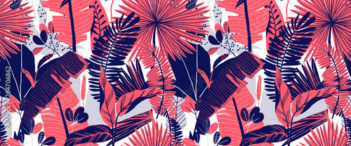 Foto  Seamless pattern, hand drawn tropical plant, leaf, pink and blue tones on white