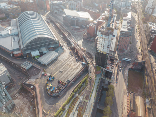 Foto Manchester City Centre Drone Aerial View Above Building Work Skyline Construction Blue Sky Summer Beetham Tower Deansgate