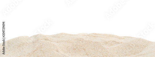 Fotografía  Pile dry sand isolated on white.