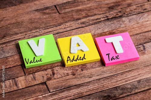 Plakat do biura rachunkowego  post-it-acronym-vat