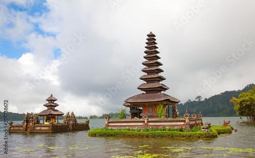 Keuken foto achterwand Asia land Water temple