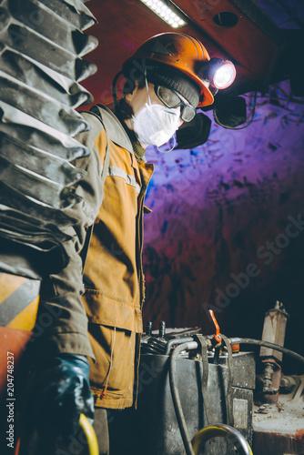 miner underground mining gold Fototapet
