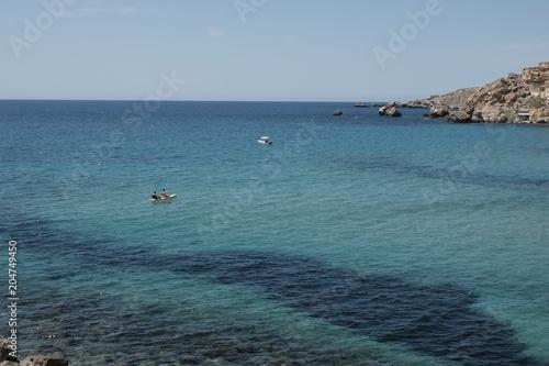 In de dag Duiken golden bay in Malta