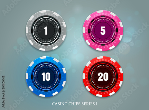 Photo  casino coins chips set on bokeh background