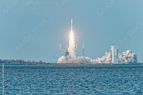 Staande foto Nasa United Launch Alliance Atlas V successfully launches GOES-S on March 1, 2018. View from NASA Causeway