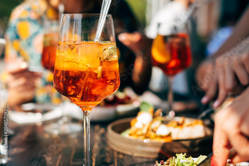 Tableau sur Toile Summer cocktail on dinner table