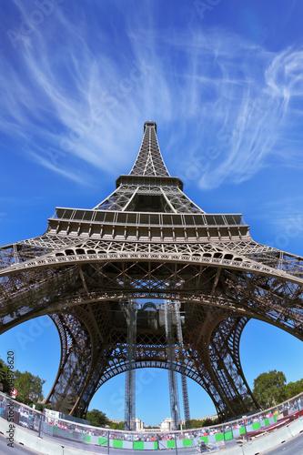 Papiers peints Paris The famous Eiffel Tower