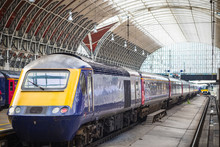 Trains Leaving Paddington Rail...