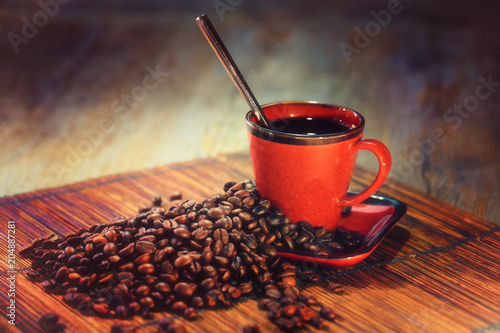 Canvas Prints Coffee beans grains de café avec tasse rouge