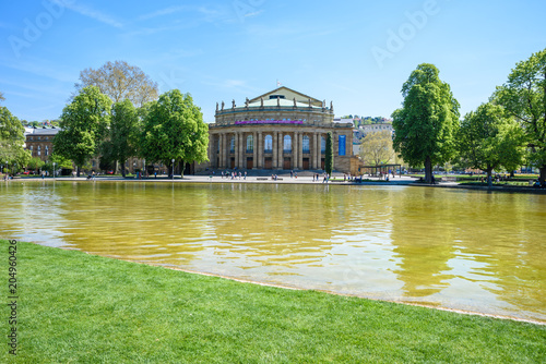 Foto op Aluminium Theater Stuttgart State Theatre Opera building and fountain in Eckensee lake, Germany