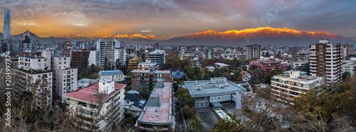 Poster Texas Sunset over Santiago de Chile city, an amazing and colorful skyline