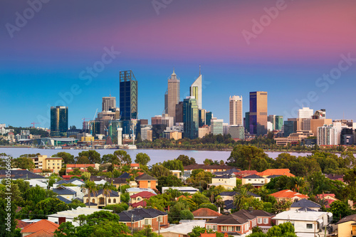 Staande foto Oceanië Perth. Cityscape image of Perth skyline, Australia during during sunrise taken from South Perth.
