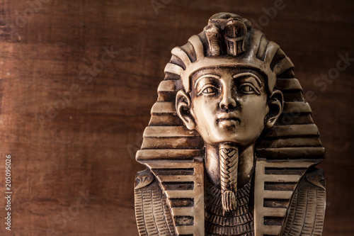 Tuinposter Egypte Stone pharaoh tutankhamen mask