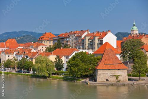 In de dag Centraal Europa Maribor city view, Slovenia