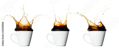 Photo sur Toile Cafe set of cup of splashing coffee isolated on white background