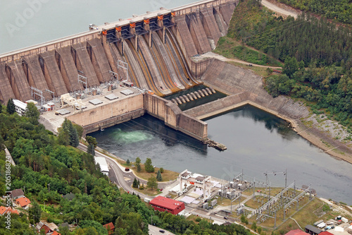 Photo sur Toile Barrage hydroelectric power plant on Drina river