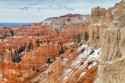 Keuken foto achterwand Canyon Scenic Landscape Of Hoodoo Rocks In The Beginning Of Spring At Bryce Canyon
