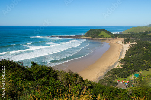 Photo  Beach of Coffee Bay on the Wild Coast in Eastern Cape, South Africa, as seen fro