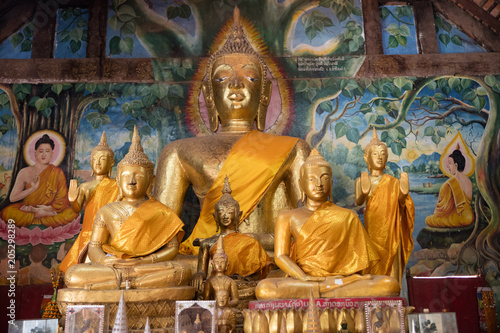 Foto op Aluminium Bedehuis Laos, November 2016. Interior in Buddhist temple