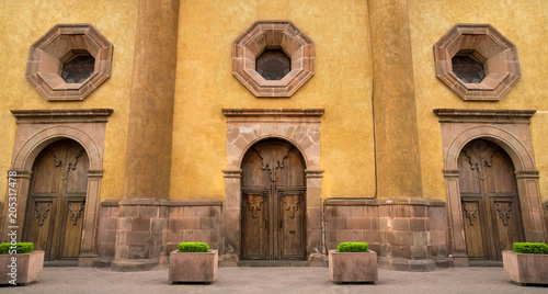 Mexican Colonial Style House In Queretaro Mexico Classic Wood Doors