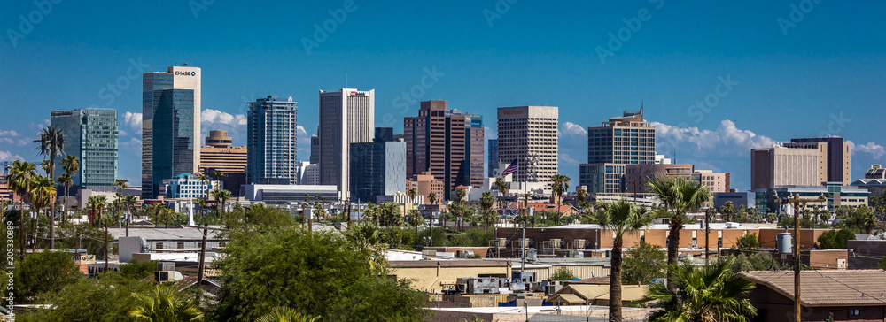 Fototapeta AUGUST 23, 2017 - PHOENIX ARIZONA - Panoramic skyline view of Phoenix downtown