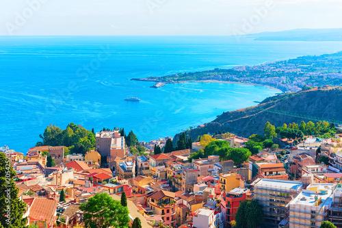 Poster Cote Cityscape of Taormina and Mediterranean Sea Sicily