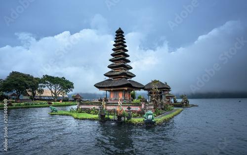 Fotobehang Bali Ulun Danu Beratan Temple, Bali ,Indonesia